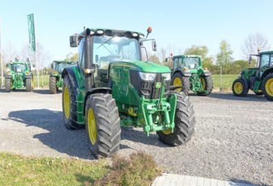 Újdonságok a John Deere 7R és 8R traktorokhoz