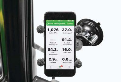 John Deere Smart Connector – Közvetlen kapcsolat traktor és okostelefon között