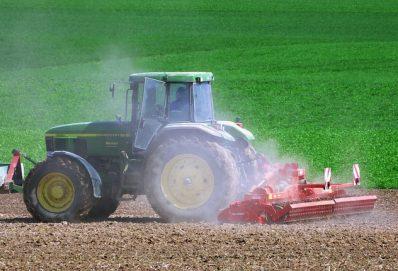 A John Deere továbbra is támogatja a farmereket