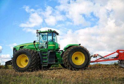 A legjobb John Deere traktorok a gazdálkodáshoz